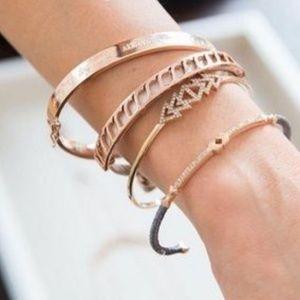 :: Stella & Dot Rose Gold Inspire Bracelet